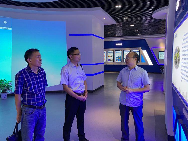 市科技局刘运成局长率队赴中国科学院苏州纳米技术与纳米仿生研究所南昌研究院考察