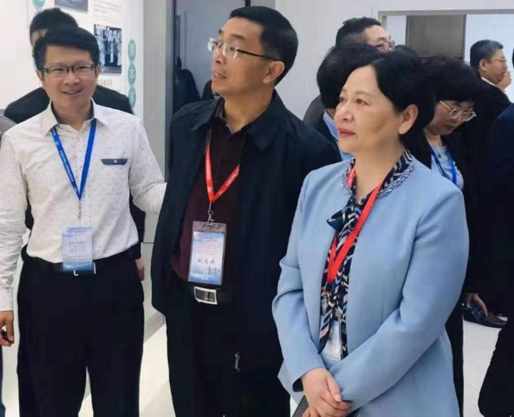 萍乡市参加中科院上海硅酸盐研究所独立建所六十周年发展论坛